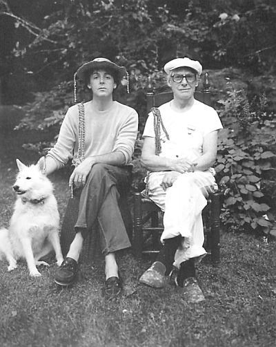 Paul And Willem De Kooning In 1983 Left 1984 Right Was A Family Friend Linda Would Always Visit Him When They Were On